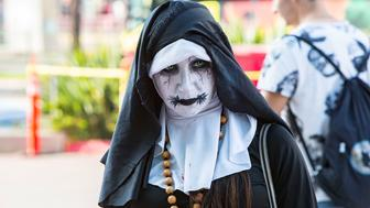 SAN DIEGO, CA - JULY 18:  Fans in cosplay attend Preview Night at Comic-Con International at San Diego Convention Center on July 18, 2018 in San Diego, California.  (Photo by Daniel Knighton/Getty Images)