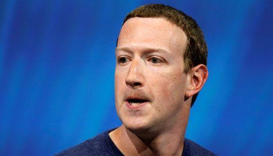 Facebook: Ο Ζάκερμπεργκ αρνείται να διαγράψει τους αρνητές του