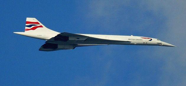 영국과 프랑스의 합작으로 개발됐던 초음속 여객기 '콩코드'. 사진은 영국항공 소속 콩코드의 '마지막 비행' 모습. 2003년 10월24일. 퇴역한 콩코드 기체는 현재 영국과 미국 등의...