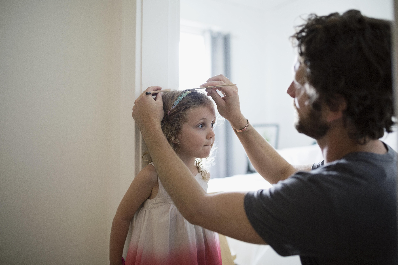 Αγωνιάτε για το πόσο θα ψηλώσει το παιδί σας; Οι επιστήμονες έχουν την απάντηση