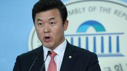 자유한국당이 기무사 문건 공개에 불편한 기색을