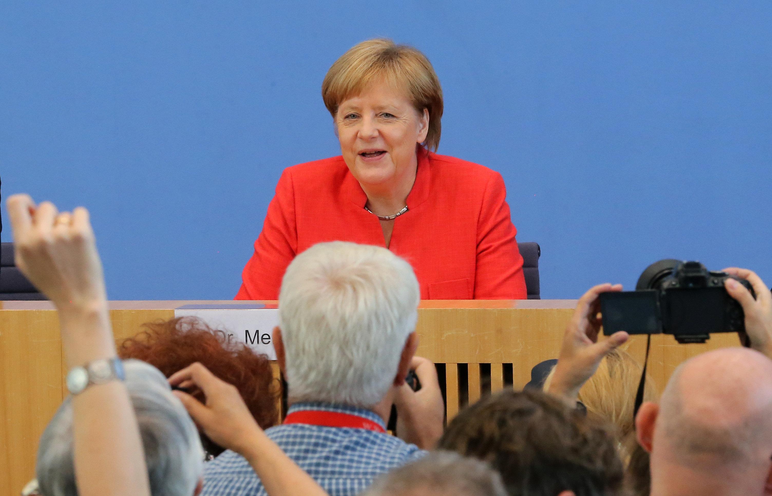 """Merkel kritisiert CSU indirekt im Asylstreit: """"Die Tonalität war oft sehr schroff"""""""