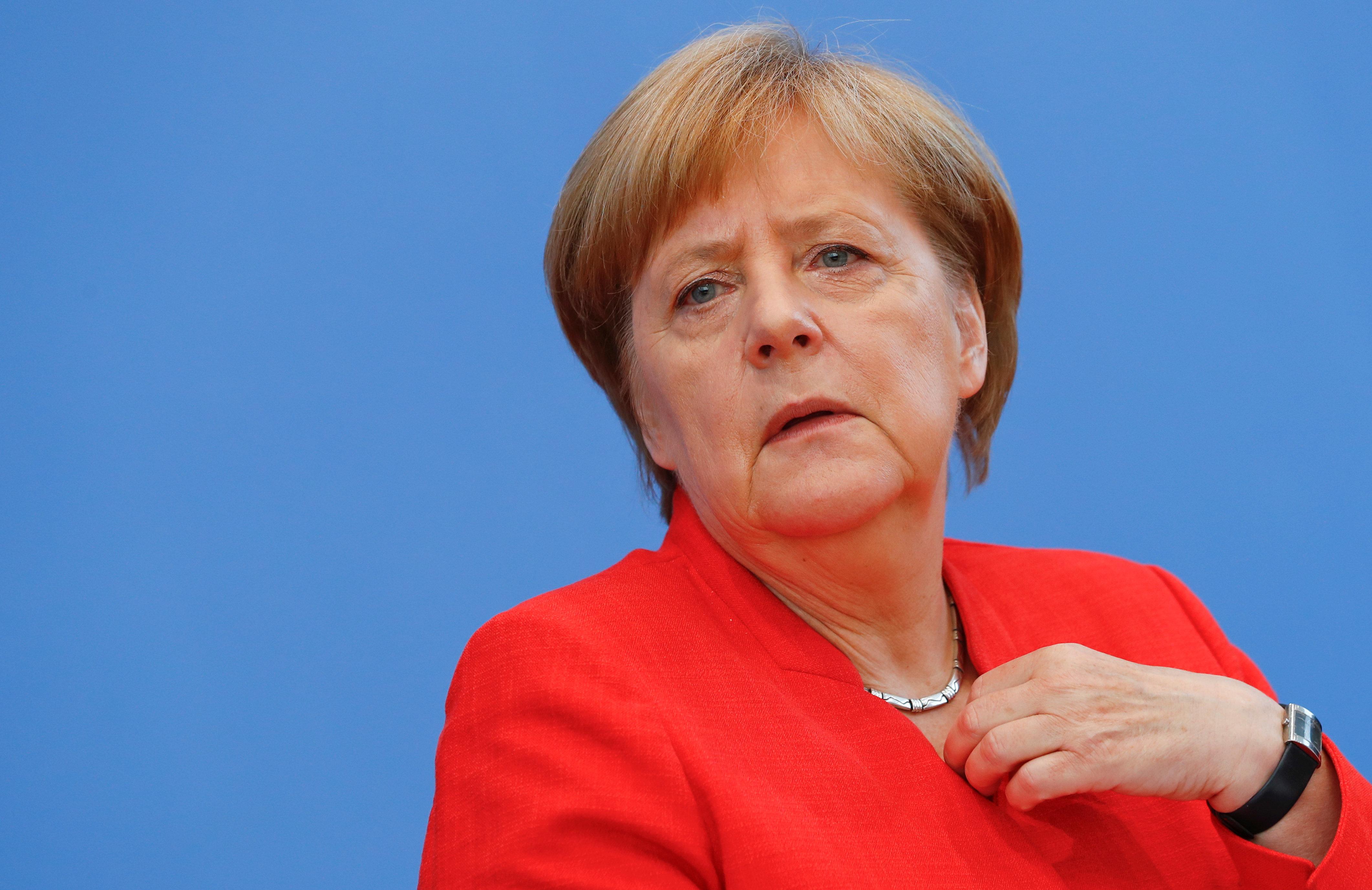 Merkel laviert um Italiens Blockade der Seenotretter herum – und spielt so den Rechten in die