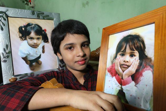 미등록 이주노동자 부모한테서 태어나 8살까지 무국적으로 살다 2013년 한국을 떠났던 마히아(13)가 12일 (현지시각) 방글라데시 다카 집에서 인터뷰를 마친 뒤, 평화원정대가 선물한...