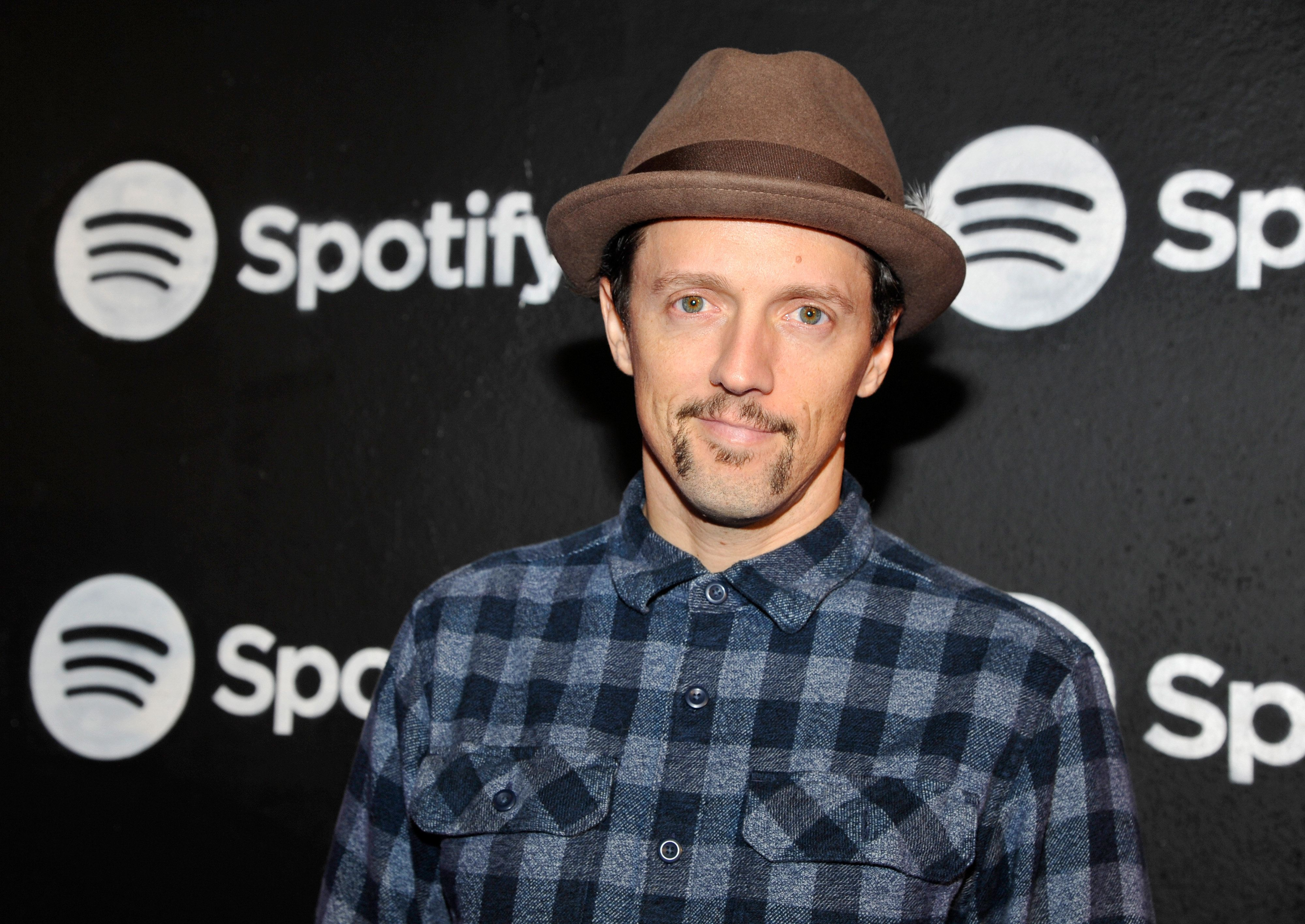 LOS ANGELES, CA - FEBRUARY 09:  Singer/songwriter Jason Mraz attends the Spotify Best New Artist Nominees celebration at Belasco Theatre on 9, 2017 in Los Angeles, California.  (Photo by John Sciulli/Getty Images for Spotify)