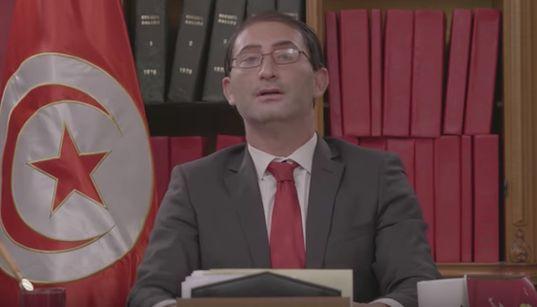 """Connaissez-vous """"Youkef El Dahech""""? La parodie hilarante du chef du gouvernement signée Hatem"""