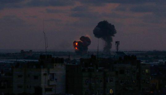 Το Ισραήλ σφυροκοπά τη