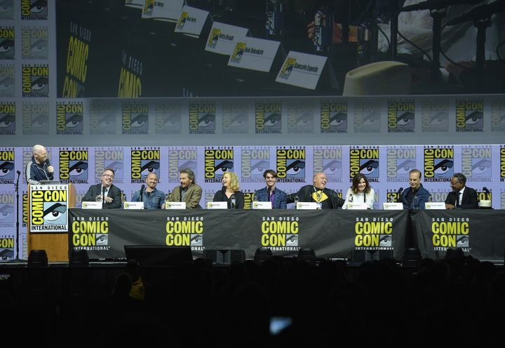 (From left) Bill Burr, Vince Gilligan, Paul, Cranston, Anna Gunn, RJ Mitte, Dean Norris, Betsy Brandt, Bob Odenkirk and Gianc