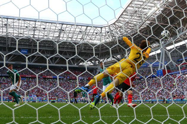 조현우의 몸값이 월드컵 직후 세 배나