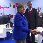Merkel beim Nato-Gipfel: Dieses Bild der Kanzlerin ist eine