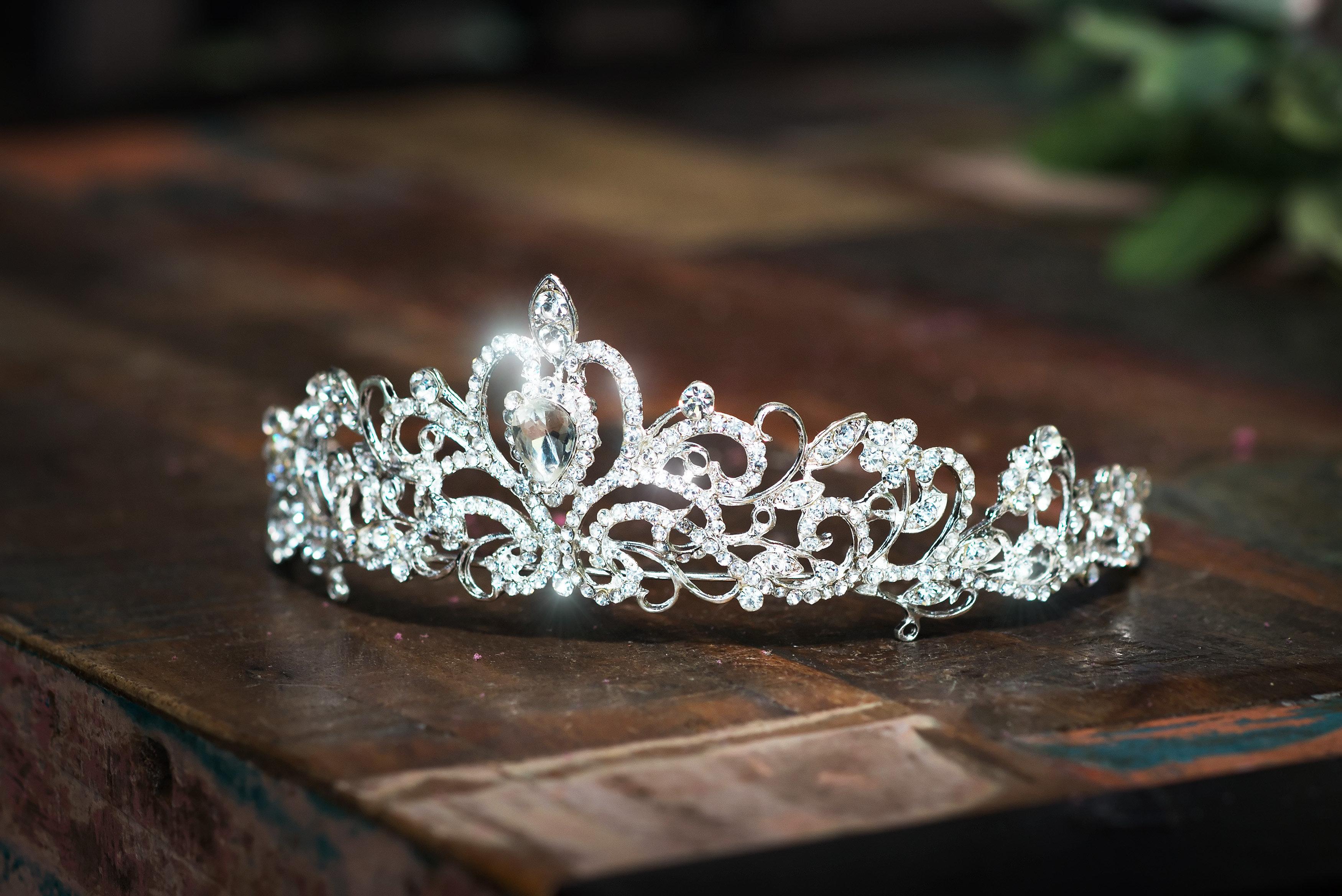 Θάνατος δια απαγχονισμού για την 24χρονη βασίλισσα της ομορφιάς που μαχαίρωσε τον φίλο της 25