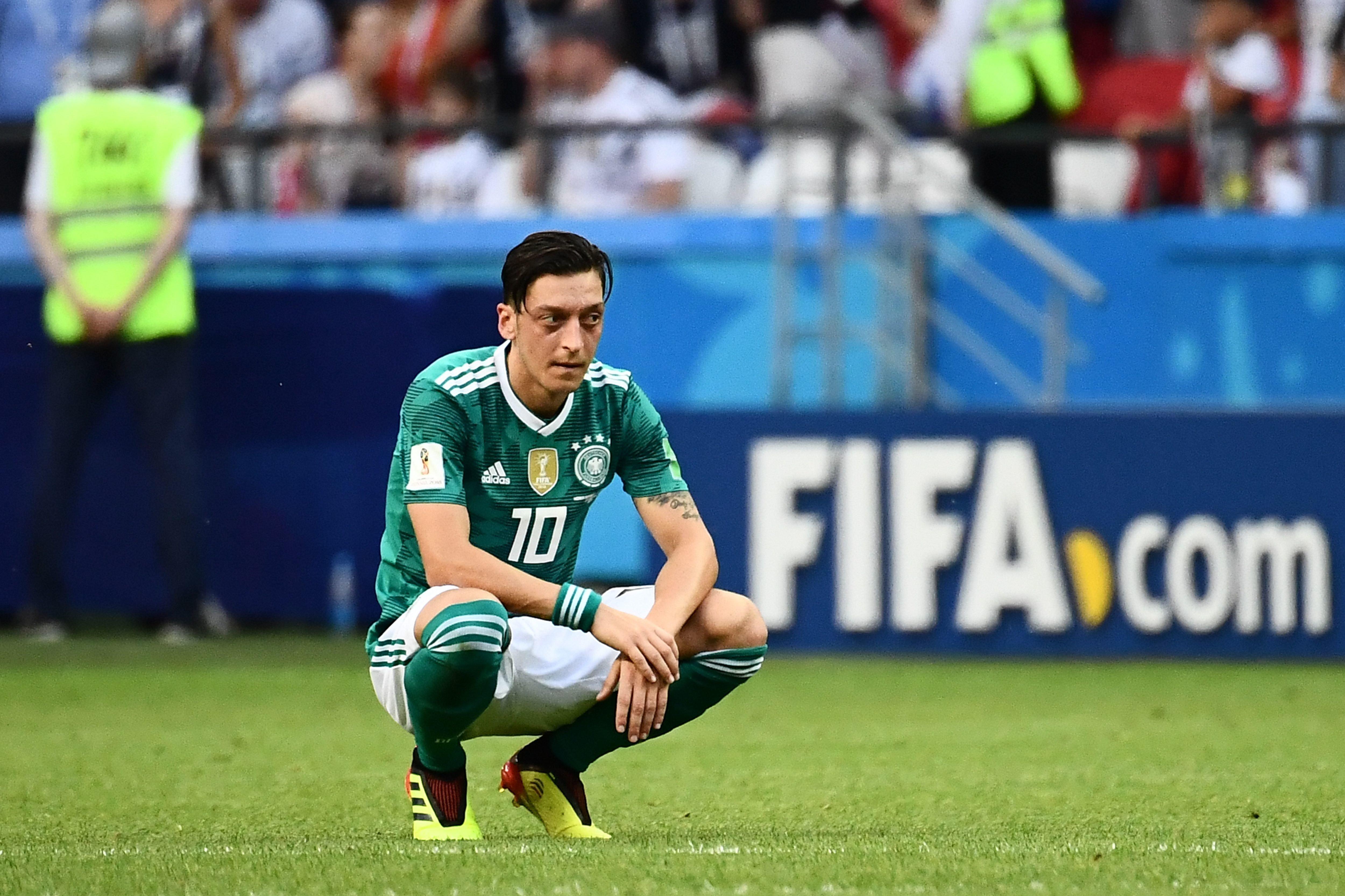 Mesut Özil wollte sich erklären – die Medien gaben ihn zum Abschuss