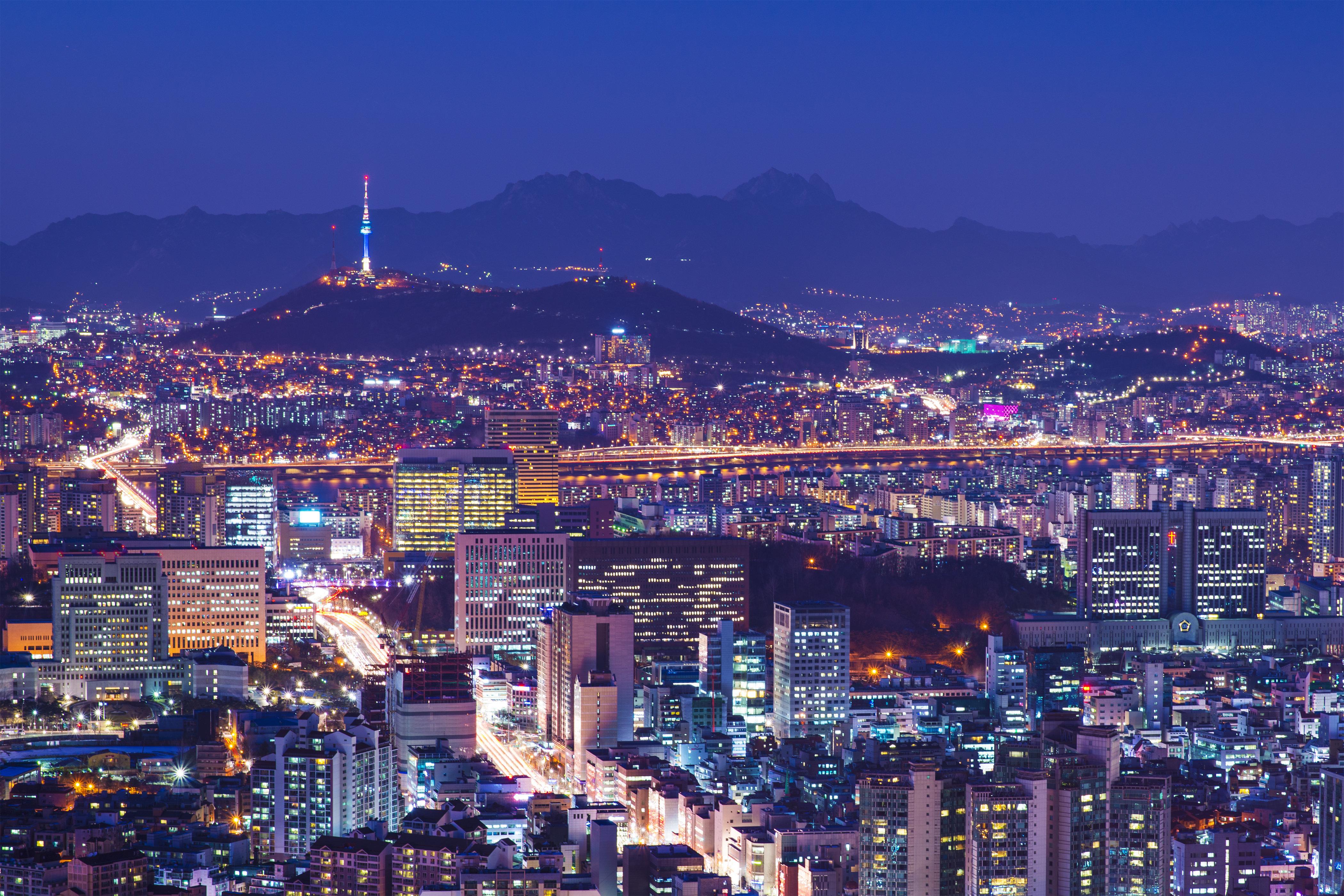 서울 아침 최저기온이 기상관측 111년 만에 최고치를 기록했다
