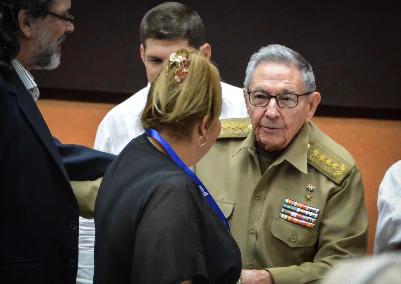 쿠바가 공산주의를 버리고 동성 결혼을