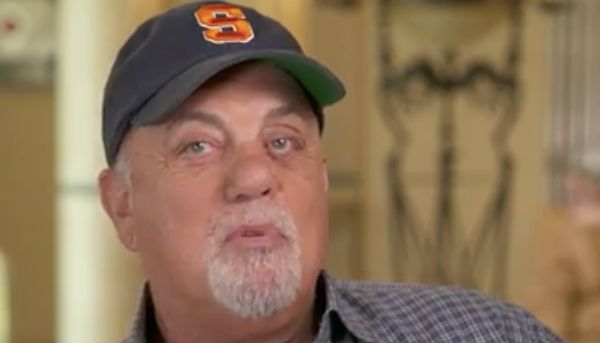Billy Joel Wore Star Of David At Concert To Tell Trump 'Nazis Are No Good'
