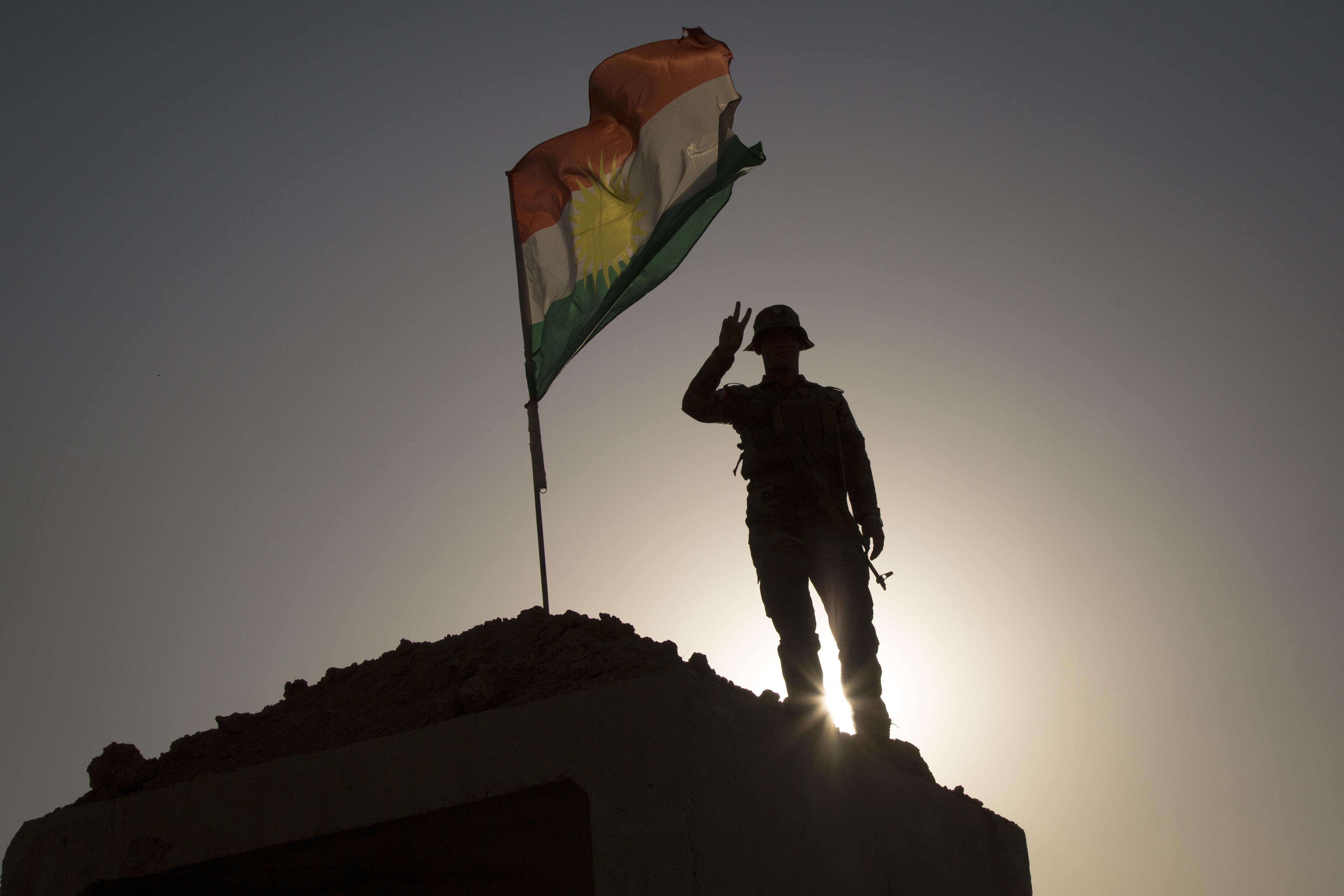 Εισβολή ενόπλων στο κυβερνείο του Ερμπίλ του αυτόνομου ιρακινού Κουρδιστάν. Ένας εργαζόμενος
