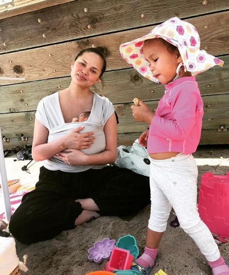 Parents Share Flying Tips After Chrissy Teigen 'Survives' First Long-Haul With Two Kids Under