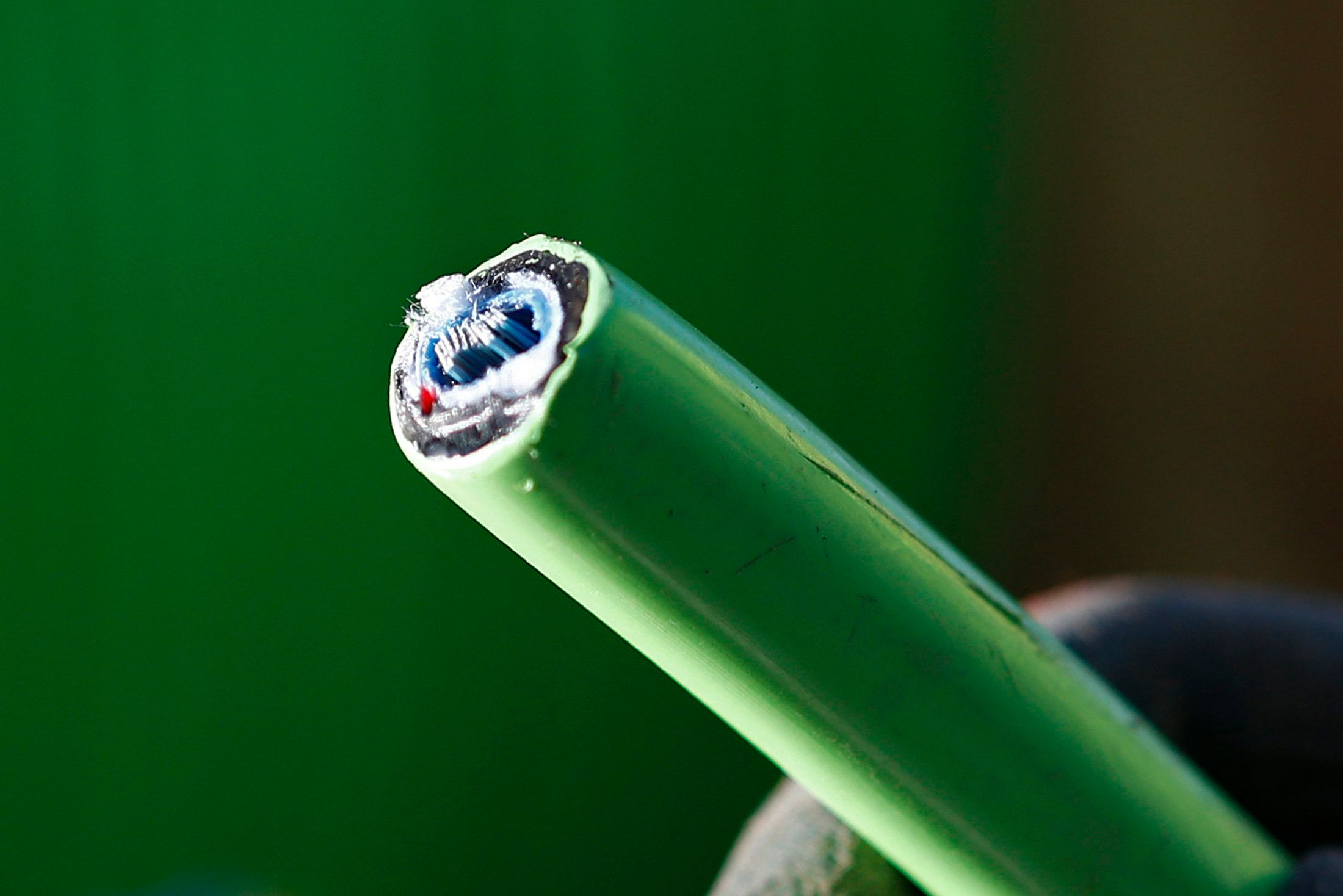 Full Fibre Broadband Is Coming, Here's Why You Should