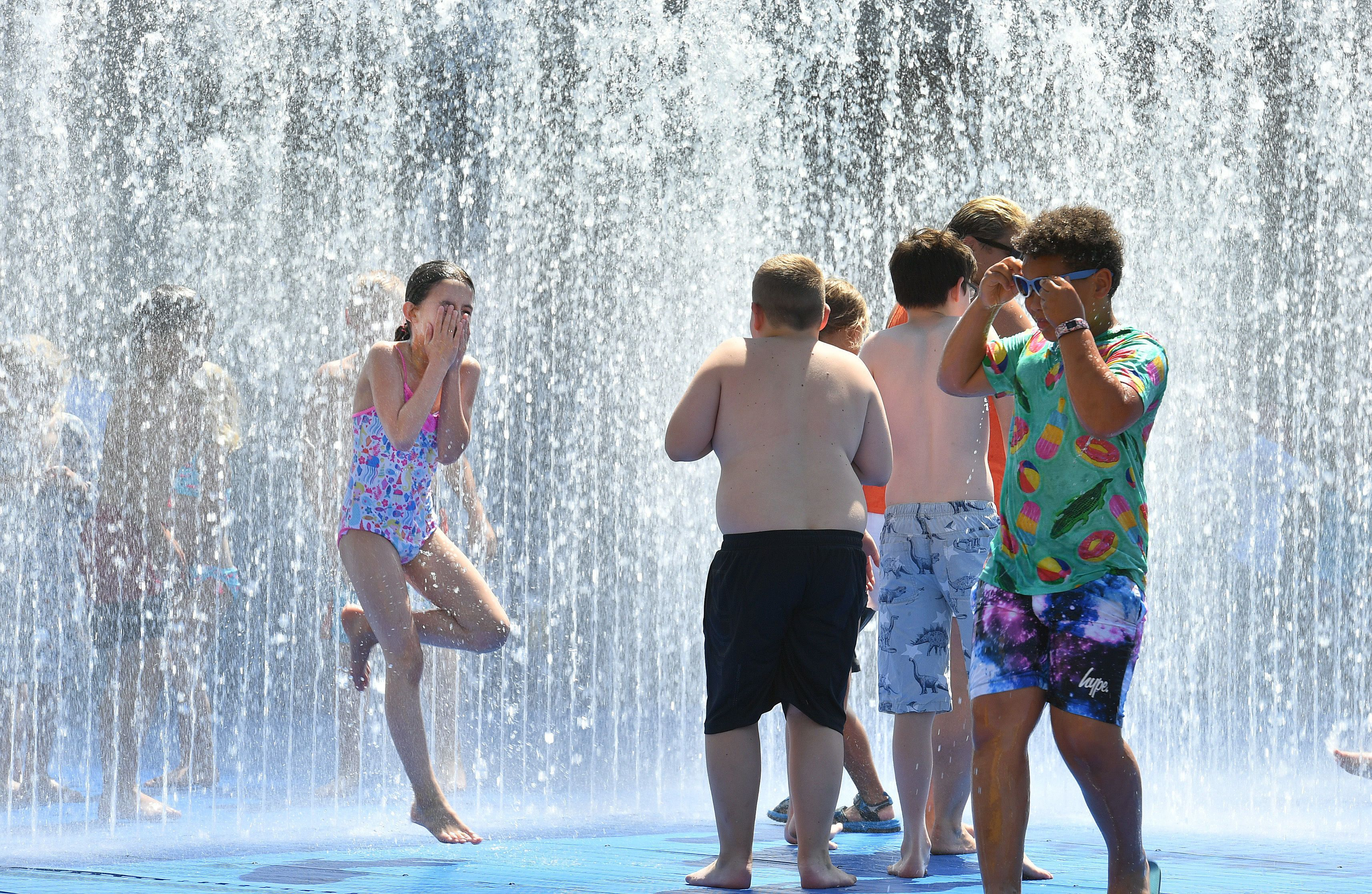 How To Keep Your Kids Safe In The Heat As Met Office Issues Amber Warning