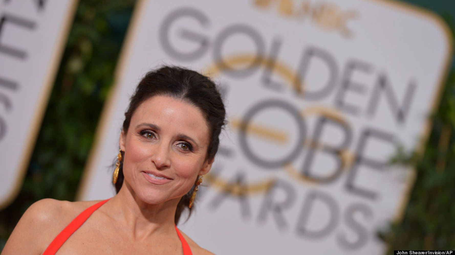 Julia louis dreyfus gets naked for rolling stone - YouTube