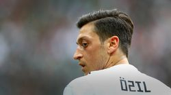 Mesut Ozil Quits German National