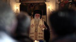 «Ο άθεος Τσίπρας επισύρει την κατάρα του Θεού». Άδειασμα Αμβρόσιου από την Αρχιεπισκοπή