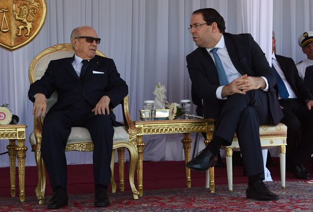 Sondage: La guerre entre Hafedh Caid Essebsi et Youssef Chahed ébranle