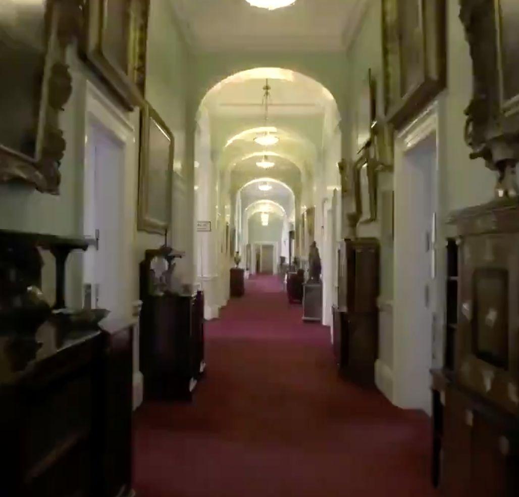 Royals: Video zeigt seltene Bilder vom Inneren des Buckingham