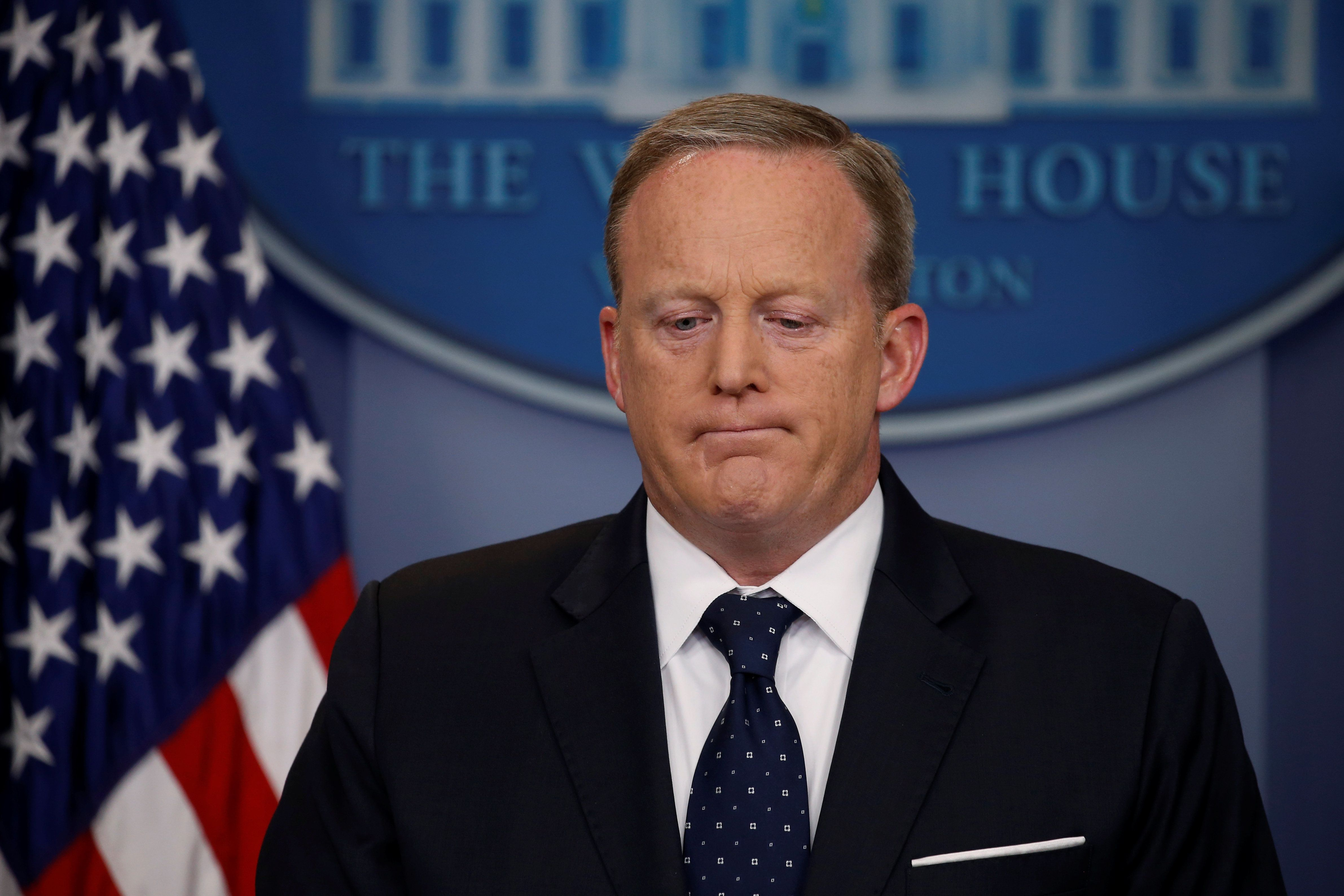 White House Press Secretary Sean Spicer reacts to a reporter's question during his daily briefing at the White House in Washington, U.S., June 20, 2017.  REUTERS/Jonathan Ernst