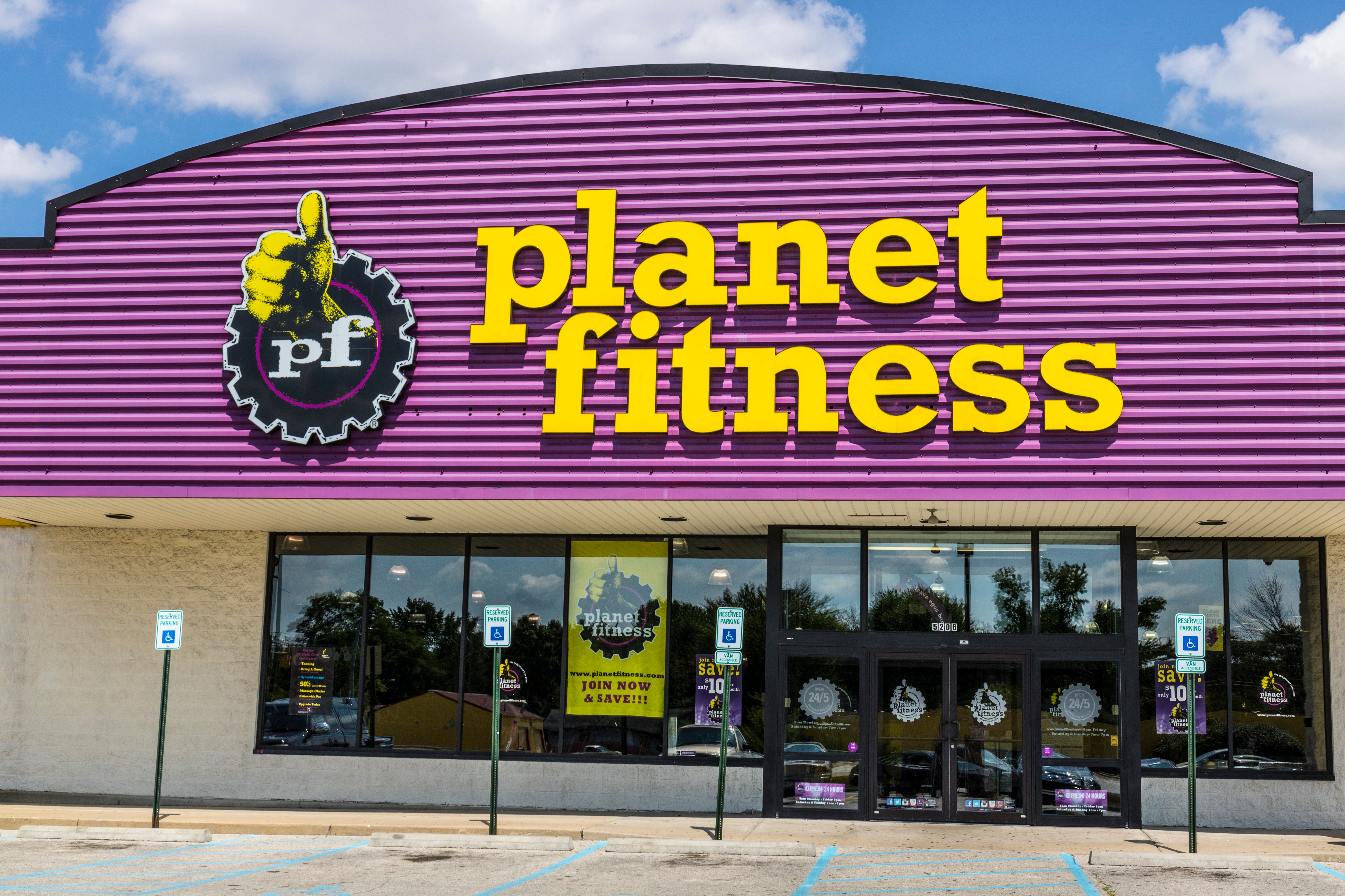 Indianapolis - Circa August 2017: Planet Fitness local gym and workout center. Planet Fitness markets itself as a Judgment Free Zone II
