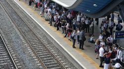 'People Are Keeling Over': Overcrowded Trains Prompt Health Concerns During