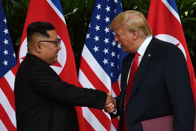 트럼프가 북한의 미사일 엔진시험장 해체를