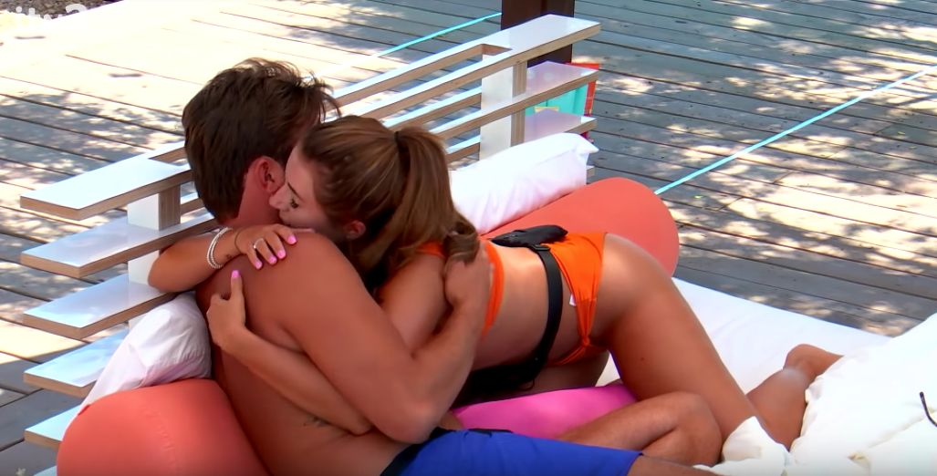 'Love Island' Fans Breathe A Sigh Of Relief As Jack And Dani Make