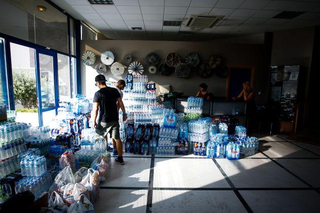 Φωτιές σε Αττική και Κινέτα: Πώς μπορείτε να βοηθήσετε τους