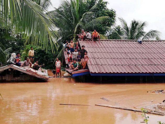 Λάος: Τουλάχιστον 26 νεκροί και 131 αγνοούμενοι από την κατάρρευση υδροηλεκτρικού