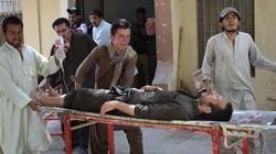 Les Pakistanais élisent leurs députés, attentat-suicide