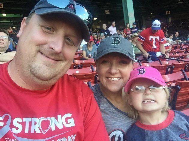 Brent Gehring mit seiner Tochter Emma und seiner Frau