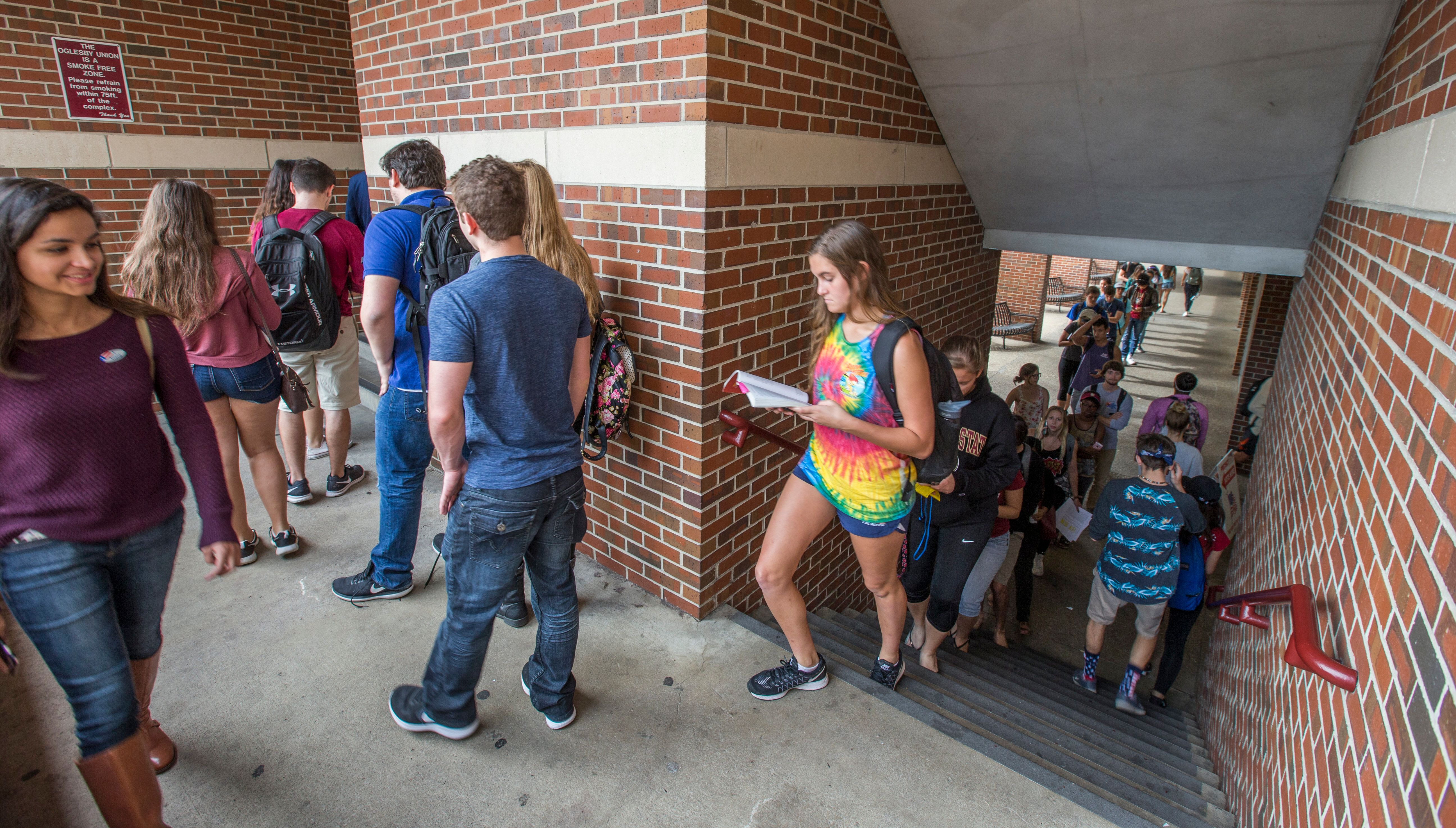 TALLAHASSEE, FL - NOVEMBER 08:  Florida State University student line up to vote at the Oglesby Union on November 8, 2016 in Tallahassee, Florida, United States. Americans across the nation are picking their choice for the next president of the United States.  (Photo by Mark Wallheiser/Getty Images)