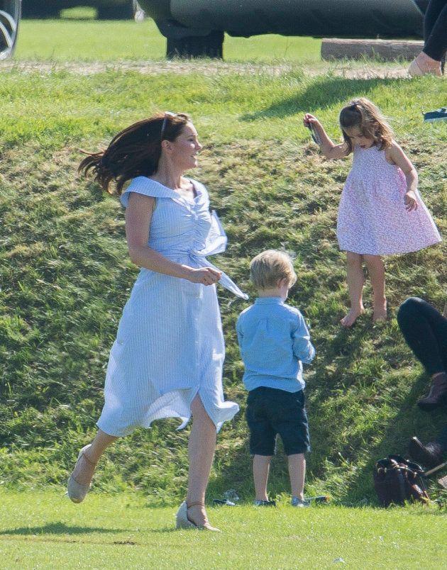 루이스 왕자 출산 후 2개월이 안 된 시점의 케이트 미들턴.