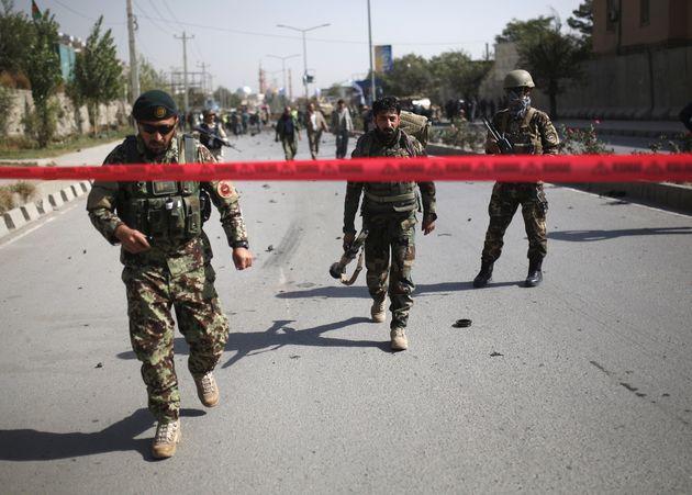 Αφγανιστάν: Βομβιστής-καμικάζι επιτέθηκε σε κυβερνητική