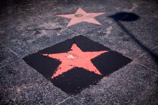 할리우드 명예의 거리에 있는 트럼프의 별이