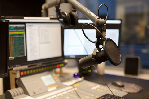 Autorisée à lancer deux télévisions et une radio, Hit Radio dévoile les détails de son ambitieux