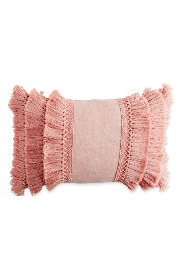 "<strong>Normally</strong>: $30<br><strong>Sale</strong>: $22<br>Get it <a href=""https://shop.nordstrom.com/s/peri-home-fringe"
