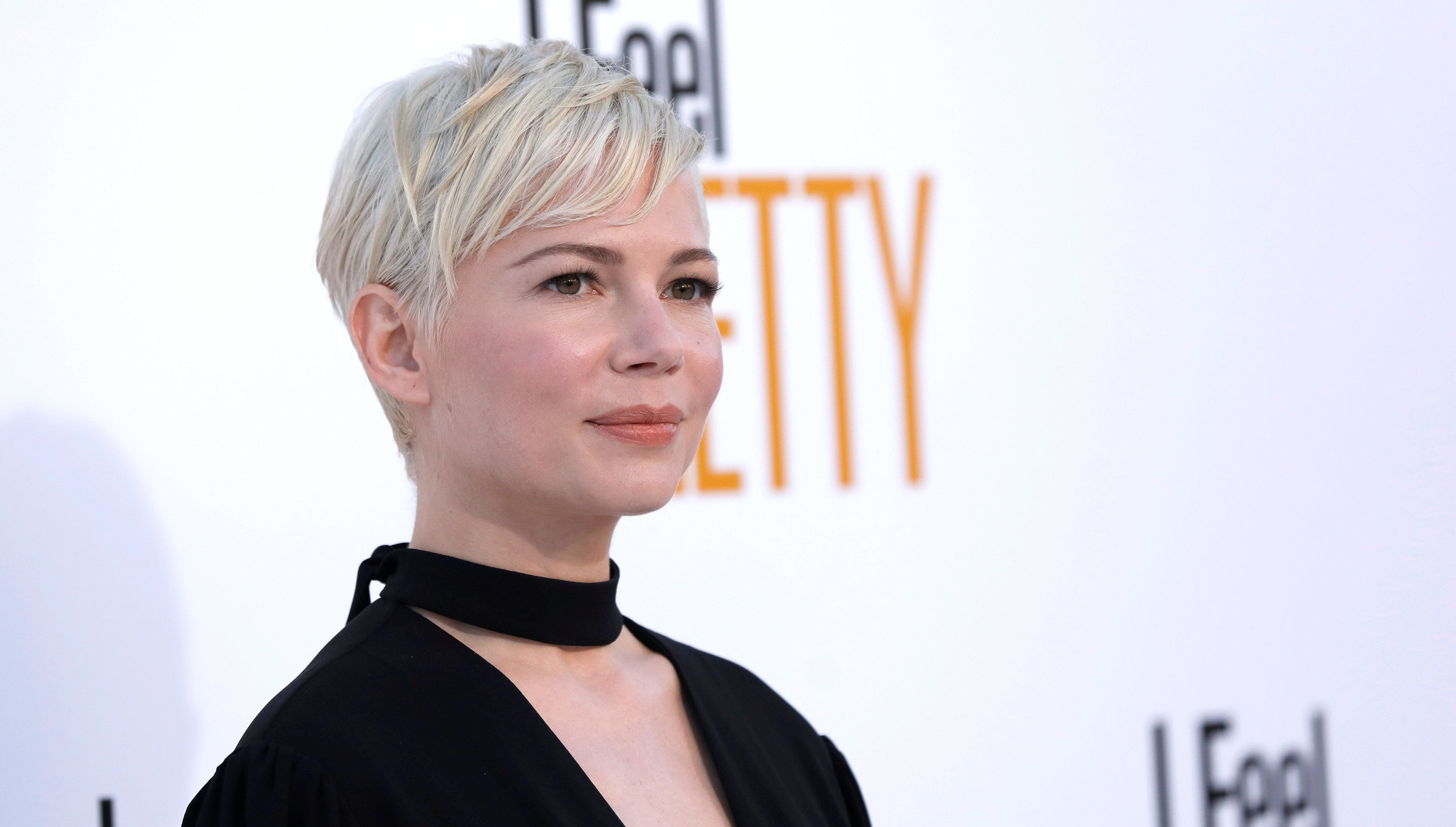 "Cast member Michelle Williams poses at the premiere of ""I Feel Pretty"" in Los Angeles, California, U.S., April 17, 2018. REUTERS/Mario Anzuoni"