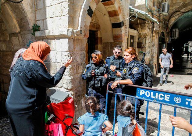 La police israélienne bloque l'accès à l'esplanade des