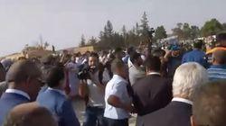Enterrement du colonel Bencherif: A Dejlfa, des manifestants conspuent