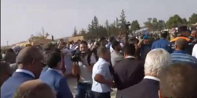 Enterrement du colonel Bencherif: A Djelfa, des manifestants conspuent