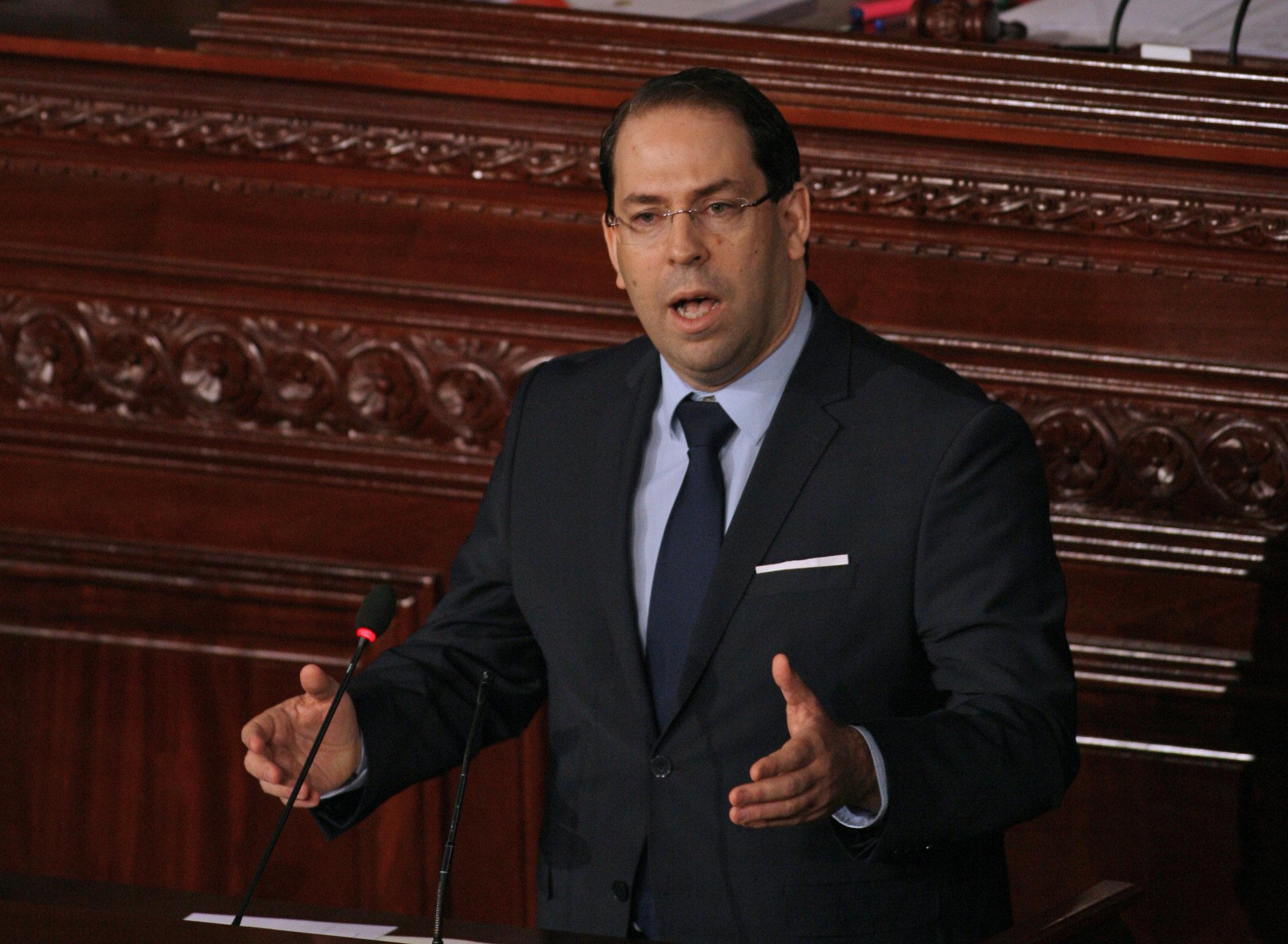 Youssef Chahed rassure sur la situation du pays et promet un meilleur avenir face aux