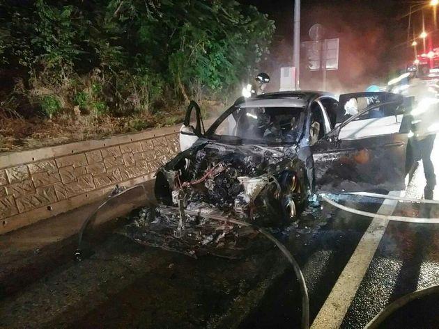 고속도로를 달리던 BMW 520d에서 또 불이