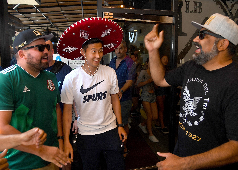 멕시코 축구팬들은 아직도 손흥민에게